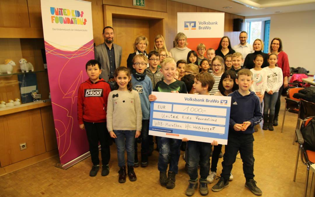 Ehrung der teilnehmerstärksten Schulen am United Kids Foundations Lauf